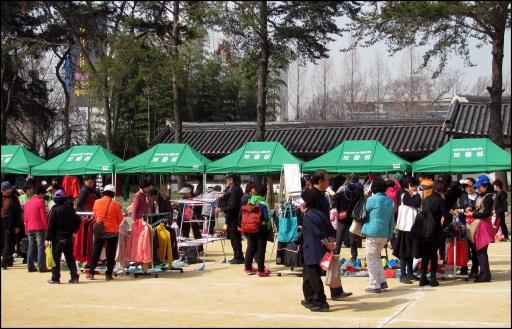 Flea Market mar 2013 (2)