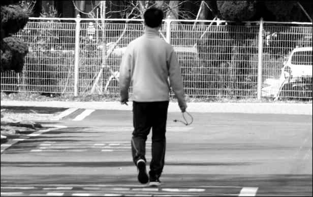 walk 005